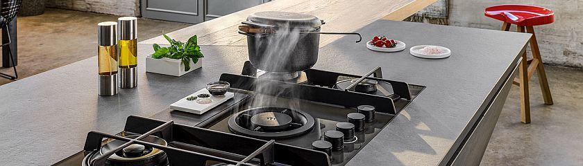Аспириращ плот Elica NikolaTesla Flame новият модел котлон и аспиратор две в едно